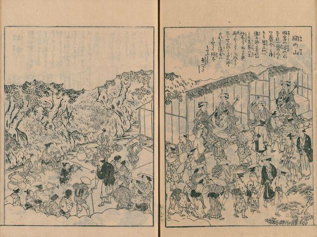 Doppelseite aus einem Leseheft der Edo-Zeit, Holzblockdruck in Schwarzweiß mit einer Ansicht einer Pilgerreise zu den Schreinen von Ise: Zusammenkunft vieler Pilger, Frauen spielen Shamisen.
